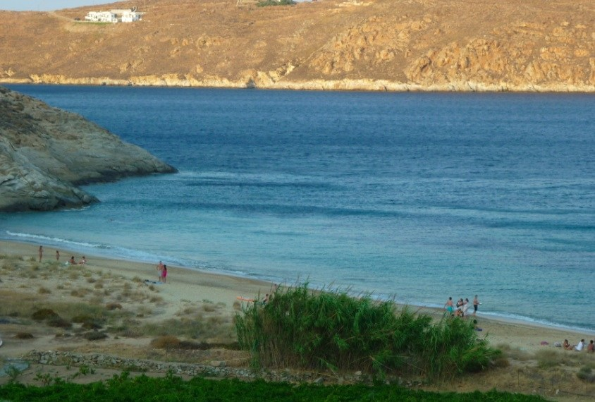 Serifos-home-location-nest